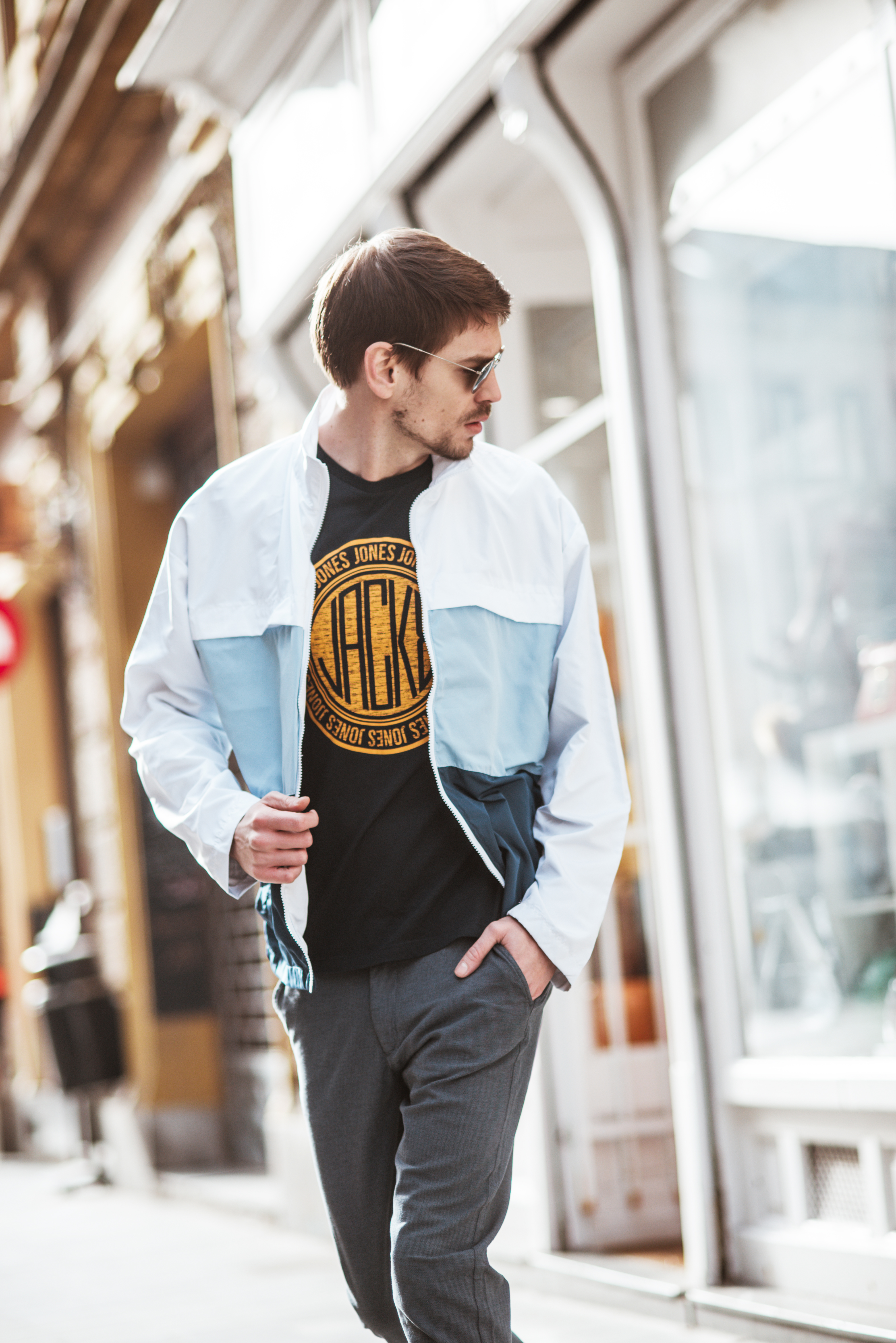 Majica Jack & Jones 10,99 € - Jakna Jack & Jones 64,99 € - Farmerke Jack & Jones 64,99 €