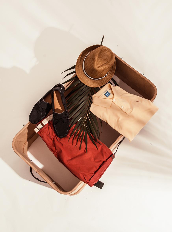 Jack&Jones polo majica2699 rsd / Esprit kratke pantalone4999 rsd / Esprit šešir2699 rsd / Trussardi Jeans mokasine18790 rsd