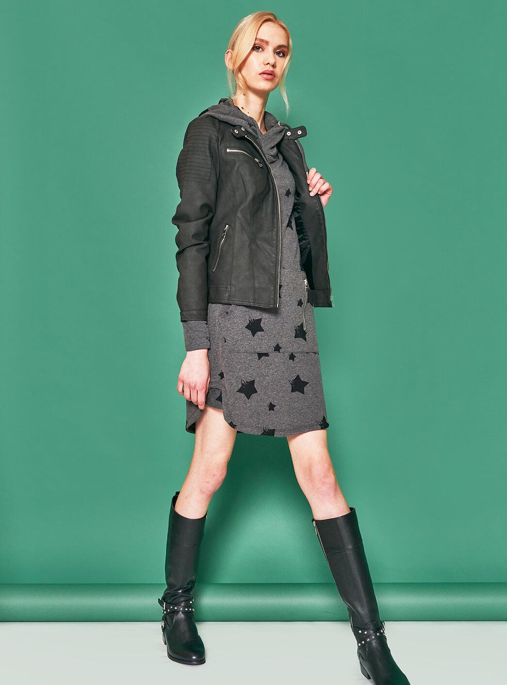 Only jakna 39,99 €  Only obleka 39,99 €