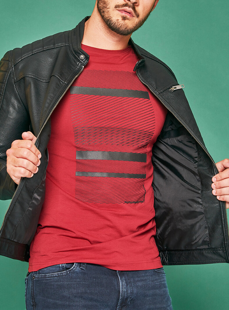 Jack & Jones jeans 39,99 € Jack & Jones jakna  59,99 €  Marx majica 24,99 €