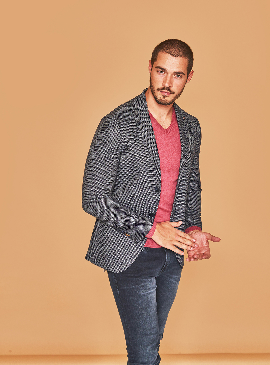 Jack & Jones suknjič  79,99 €  Tom Tailor srajca  29,99 € Tom Tailor pulover 39,99 € Jack & Jones jeans 29,99 €