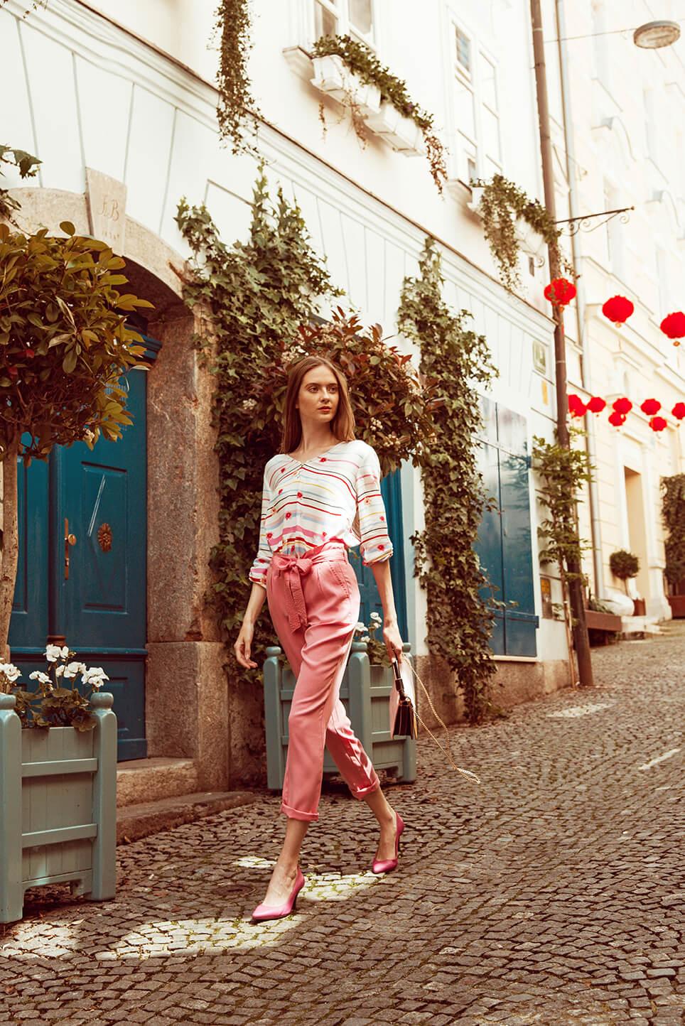 Pantalone Tom Tailor 37,5 EUR, Bluza Tom Tailor 27,5 EUR, Torbica Parfois 27,99 EUR